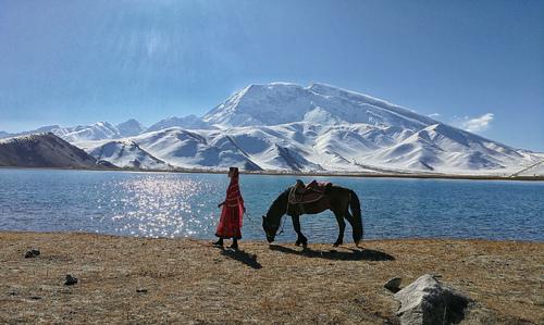 """""""冰山之父慕士塔格峰,海拔75..."""