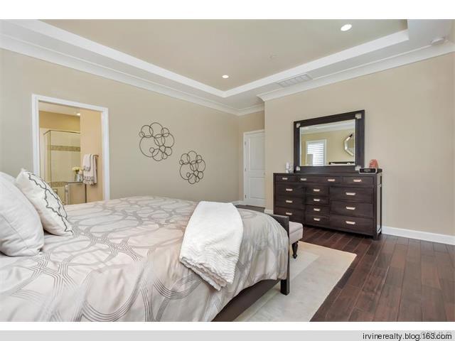 尔湾市石门【Stonegate】高端独栋住宅 Saratoga,售价约一百余万美金 - irvinerealty - 【尔湾地产网易博客】, 卖屋买房万事通